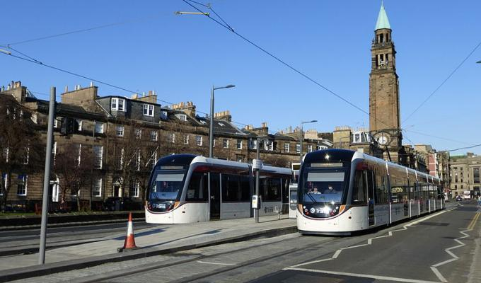 tram at shandwick place